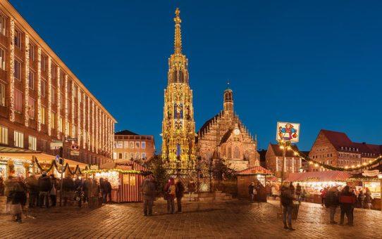Schöner Brunnen in Nürnberg neu inszeniert