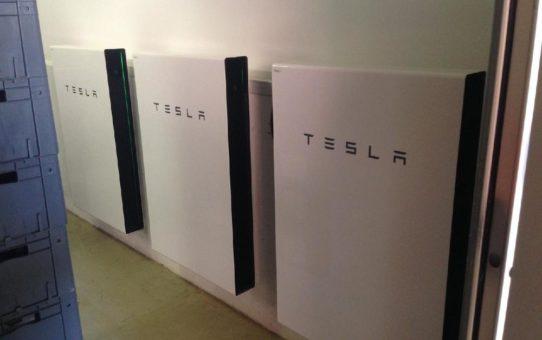 Tesla Solarspeicher, eine der besten Optionen auch fuer Notstrom