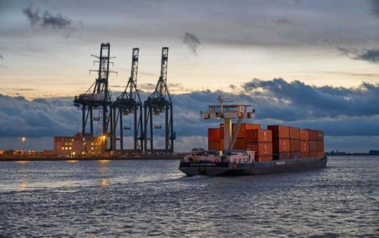 Contargo Transbox und WeBarge bündeln Kräfte in Antwerpen