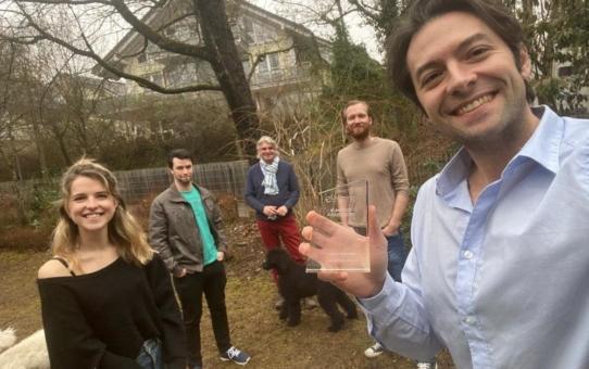 straightlabs erhält eLearning Award 2021