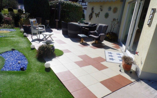 Terrasse neu gestaltet mit ELITE Terrassenfliesen